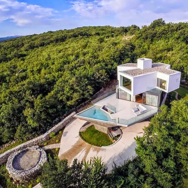 TOP 7 UNIQUE HOUSE DESIGN: ARTISTIC AND LUXURY SUMMER HOUSE DESIGN ON A HILLTOP LOCATED IN RISIKA VERY RECOMMENDED FOR VACATION