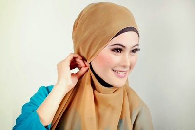 jilbab hijab segi empat