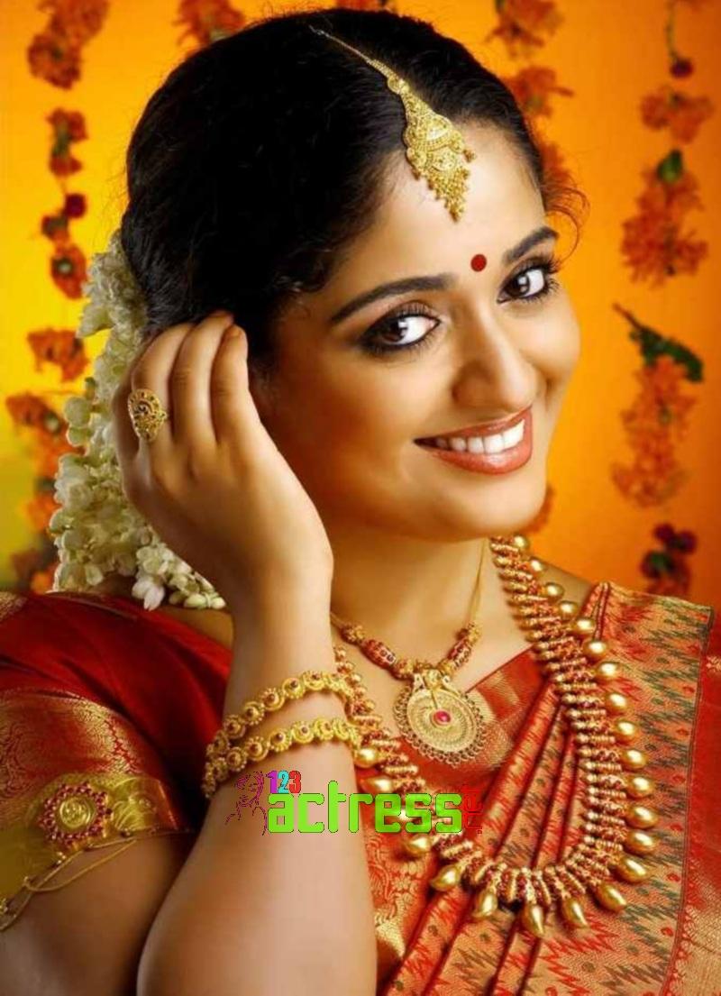 Kavya Madhavan in Black Saree Kavya Madhavan Saree