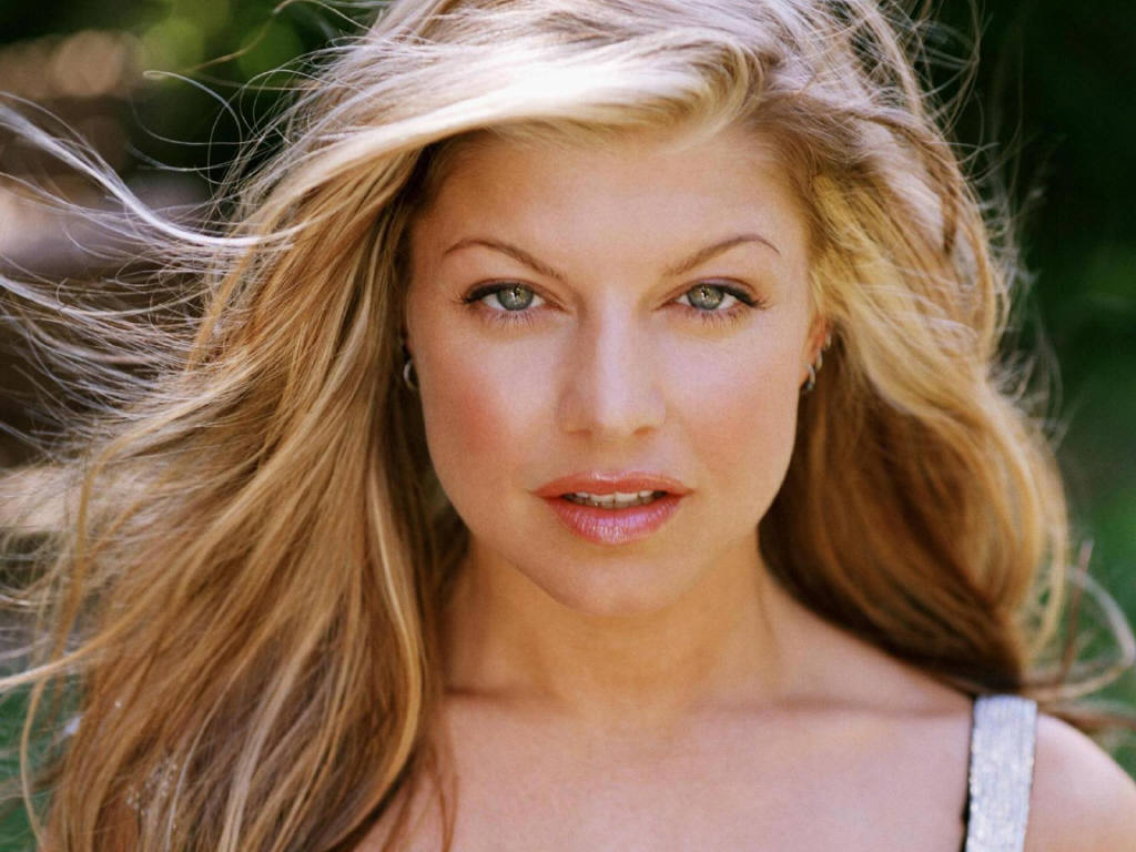 Stacy Ann Ferguson ) Fergie ♥