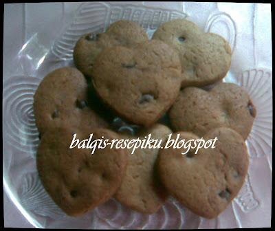 Biskut Chips More