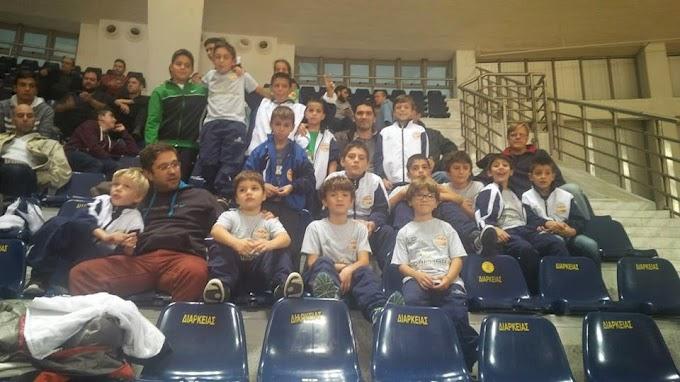 Φωτορεπορτάζ από την επίσκεψη των ακαδημιών της ΡΒΑ στο Αλεξάνδρειο για τον αγώνα Αρης-Απόλλων Πατρών
