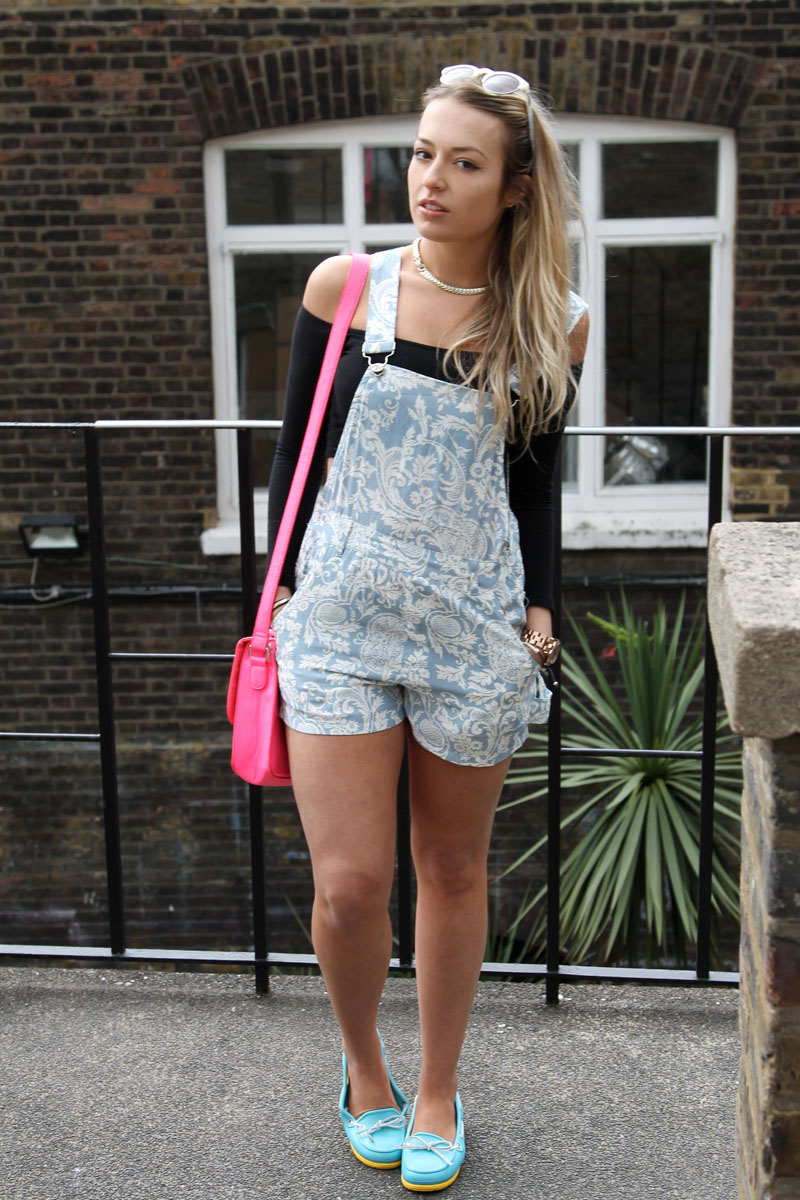Crocs Blogger Styling Project | STYLE CONFESSIONAL