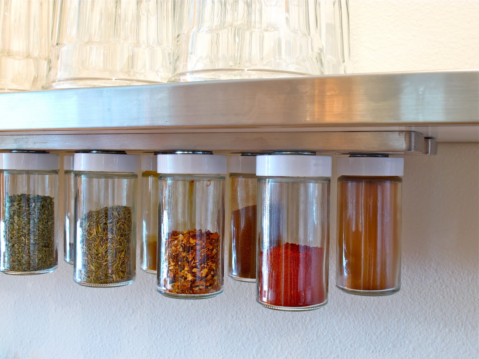 Blukatkraft diy hanging magnetic spice rack storage Diy under counter storage