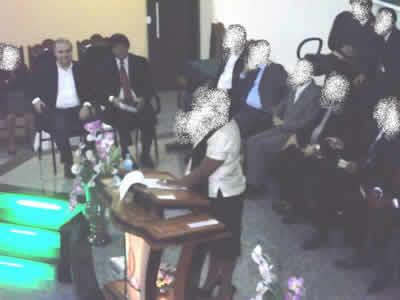 Fernando Jordão com pastores sem rosto