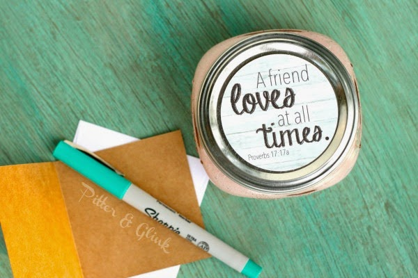 Download these free printable mason jar labels from PitterandGlink.com. #freeprintable #jarlabel #masonjar
