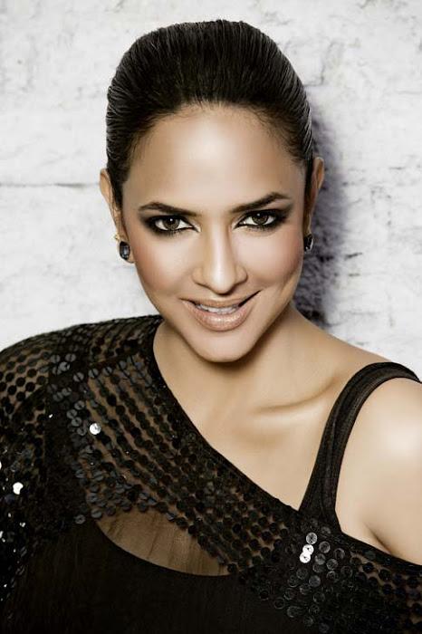 lakshmi prasanna actress pics
