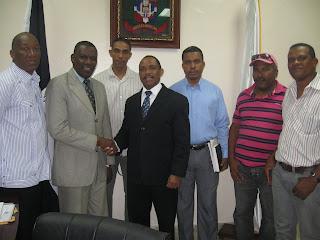 Gobernador recibe directivos de la Unión Deportiva de San Cristóbal