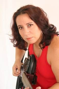 Santa Cruz Shopping apresenta Juçara Freire com o melhor da MPB