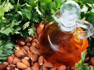 Pengobatan Alami Menggunakan Minyak Almond dan Minyak Zaitun