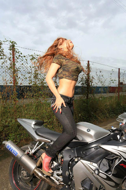 sexy pose on motorcycle shwe sin