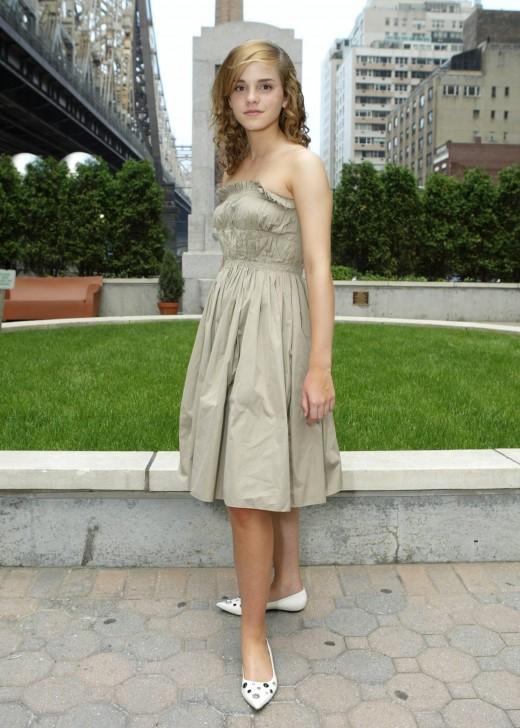 emma watson wallpapers hot. Emma Watson hot and Sexiest