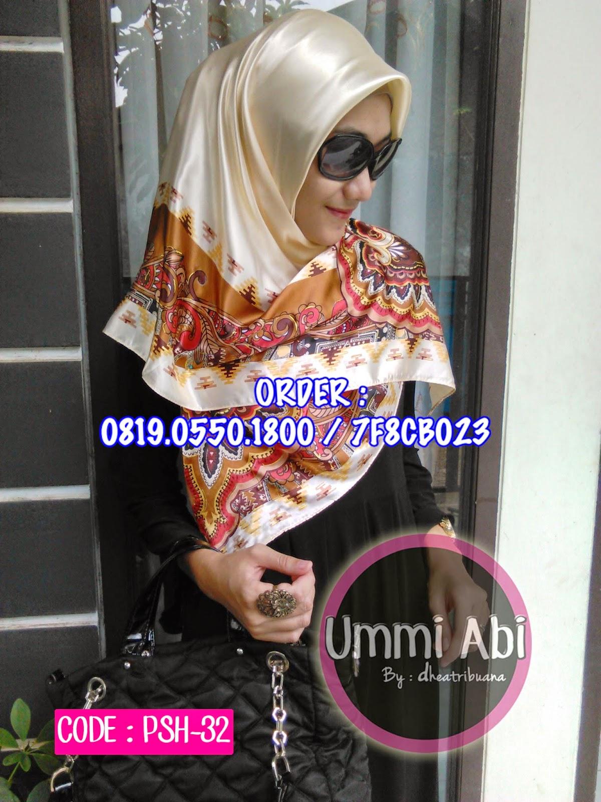Klik untuk melihat koleksi Jilbab Terbaru