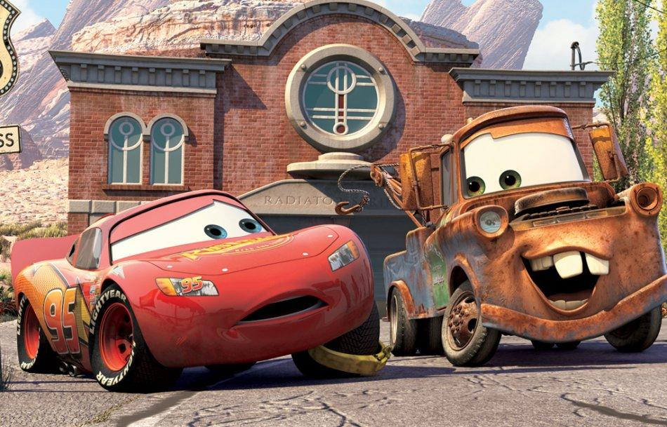 Imagenes de dibujos animados cars - Flash mcqueen et mack ...