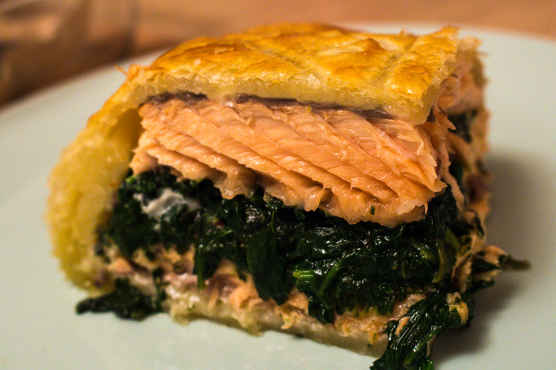 Slice of salmon en croute | Svelte Salivations