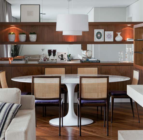 decoracao branca sala : decoracao branca sala:Ambientando: Mesa Saarinen