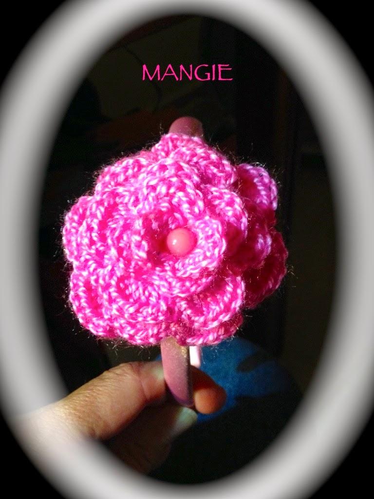 Diadema rosa ganchillo