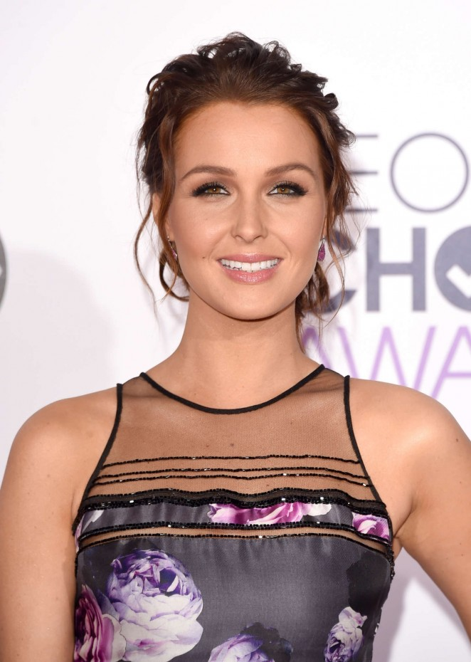 Camilla Luddington is pretty in a Pamella Roland dress at the 2015 People's Choice Awards in LA
