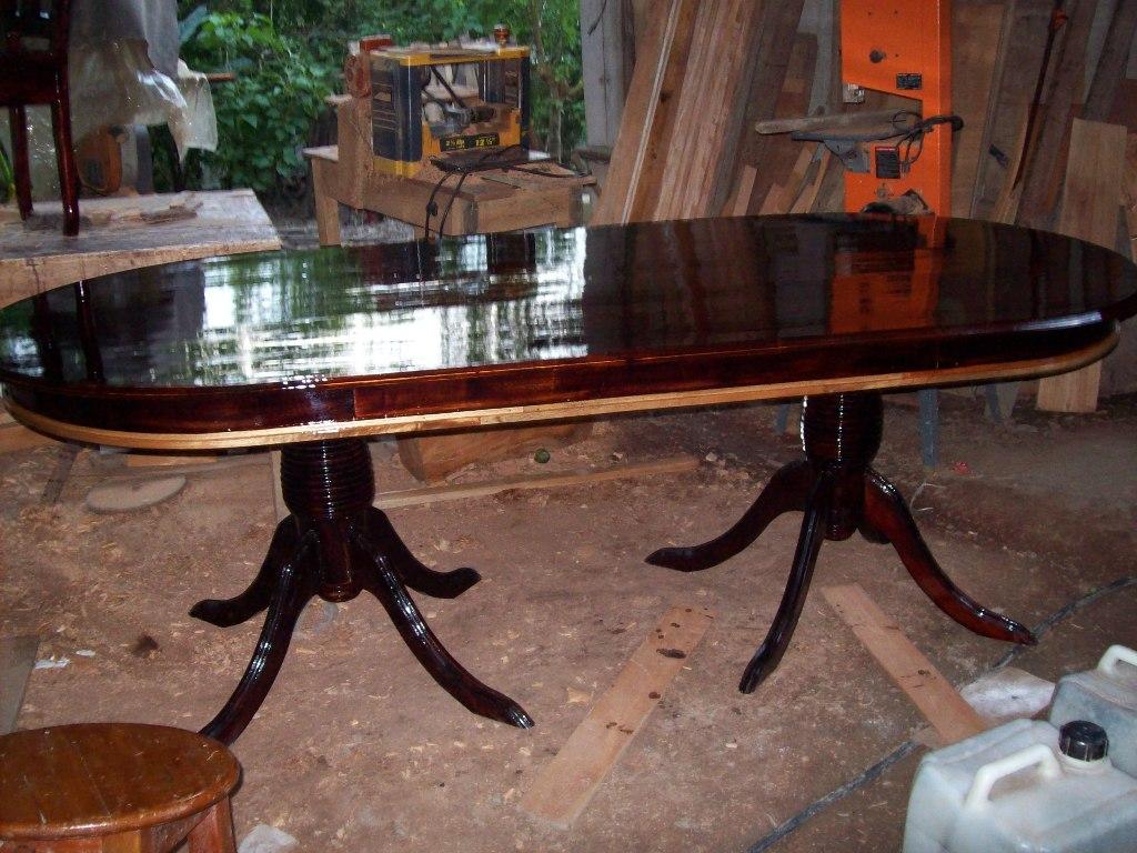 Muebles de cedro rojo veracruz comedor tallado fino for Disenos de comedores de madera