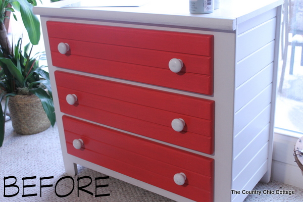 Chalky Painted Nightstand -- check out the before and after on this painted night stand.  Love the color combo!