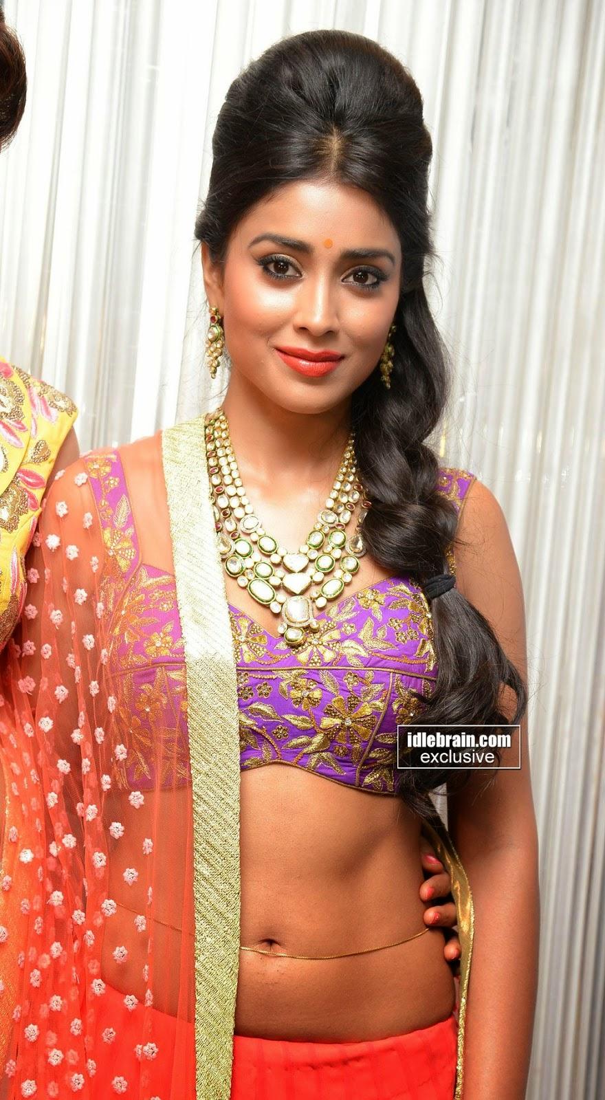 Actress Navel Shriya Saran Hot Navel Show