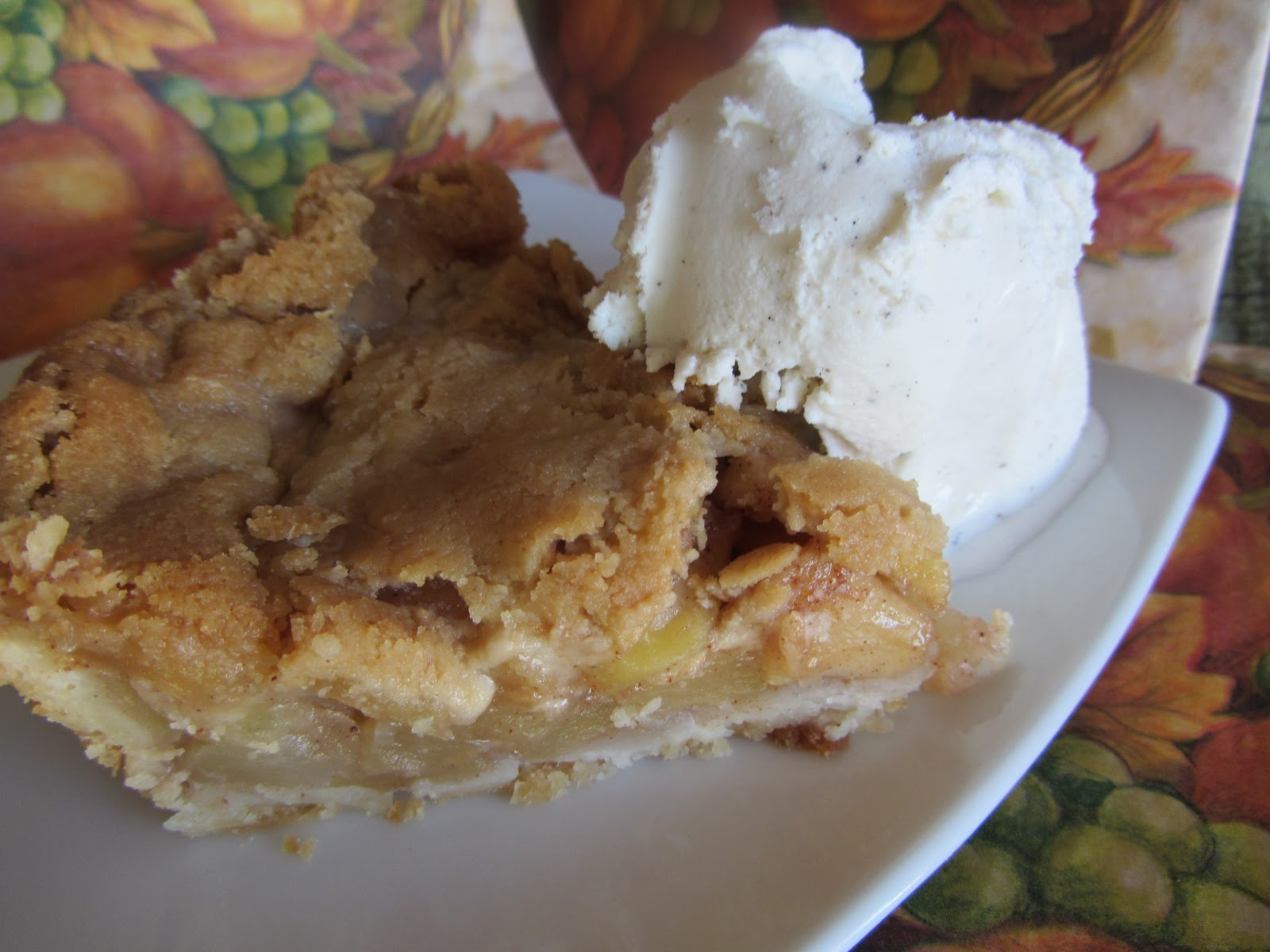 Worldwide Ward Cookbook....: Wisconsin Brown Bag Apple Pie Recipe