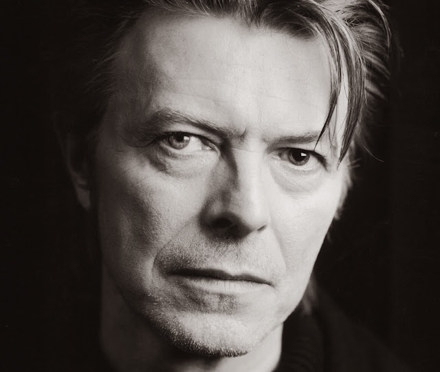 David Bowie - Love Is Lost (Hello Steve Reich Mix) - traduzione testo video download