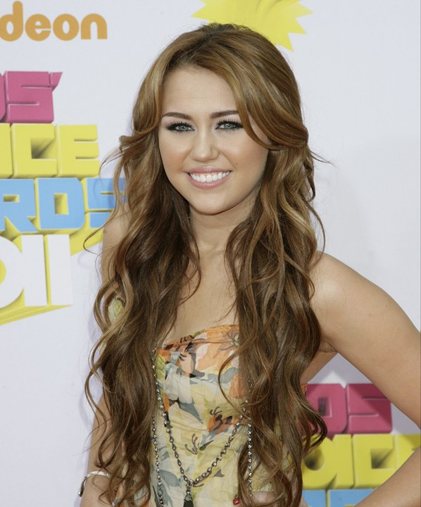 miley cyrus 2011 hair. miley cyrus 2011 hair color.