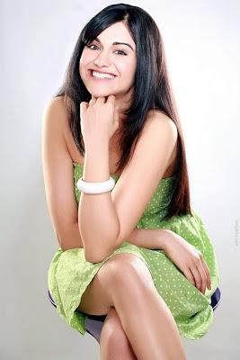 Hot-Bollywood-Actress-Adah-Sharma