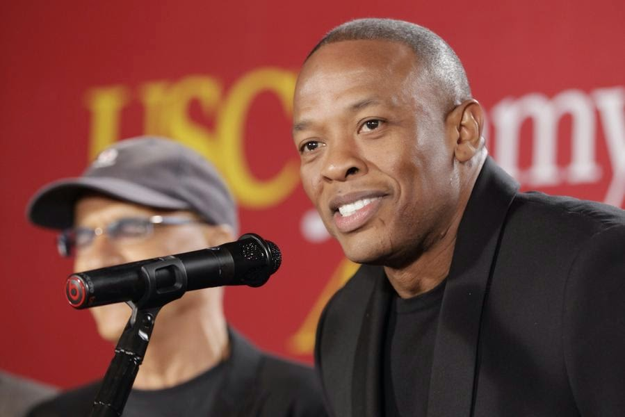 http://www.earnonlineng.com/2014/05/tiger-woods-worlds-highest-paid-athletes.html