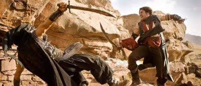 Dastan (Jake Gyllenhaal) en plein combat dans Prince of Persia : les sables du temps