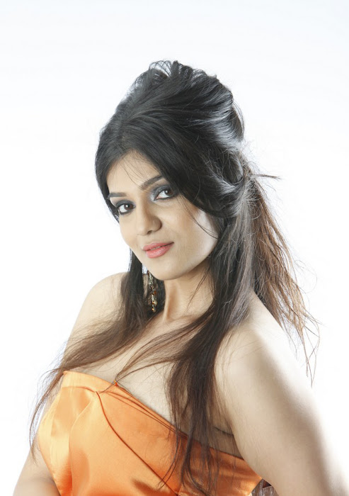 siya gowtham new spicy , siya gowtham hot photoshoot