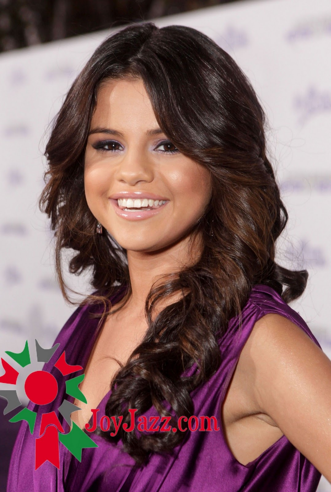 Hot and spicy selena gomez justin bieber never say for Selena spice