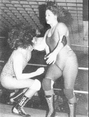 Nicky Monroe vs Rusty Blair - Womens Wrestling UK