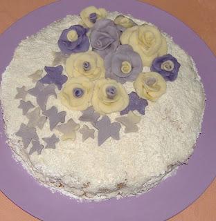 torta farcita con crema al cocco