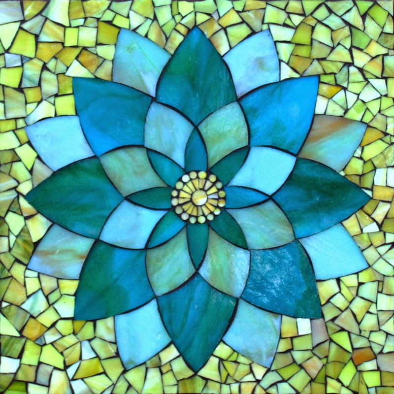 1000  ideas about Mosaic Flowers on Pinterest | Mosaics, Mosaic ...