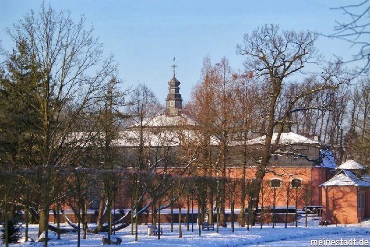 <<<---Schloss Wickrath im Winter--->>>
