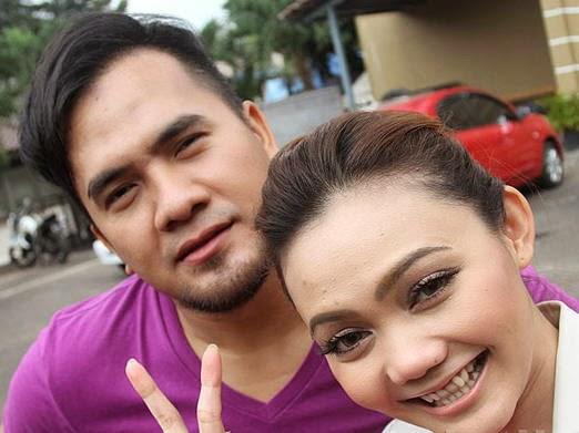 Hubungan Rina Nose dan Saiful Jamil