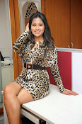 Manali Rathod Glam pics-thumbnail-2