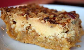 http://www.thepickyapple.com/blog/2008/11/22/pumpkin-crunch-cake/