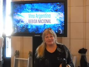 EL VINO FUE DECLARADO BEBIDA NACIONAL, 24/11/10
