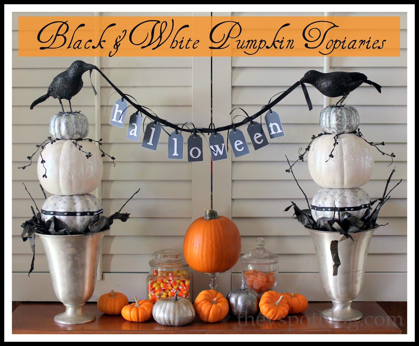 black white pumpkin topiaries another diy halloween craft the v spot. Black Bedroom Furniture Sets. Home Design Ideas
