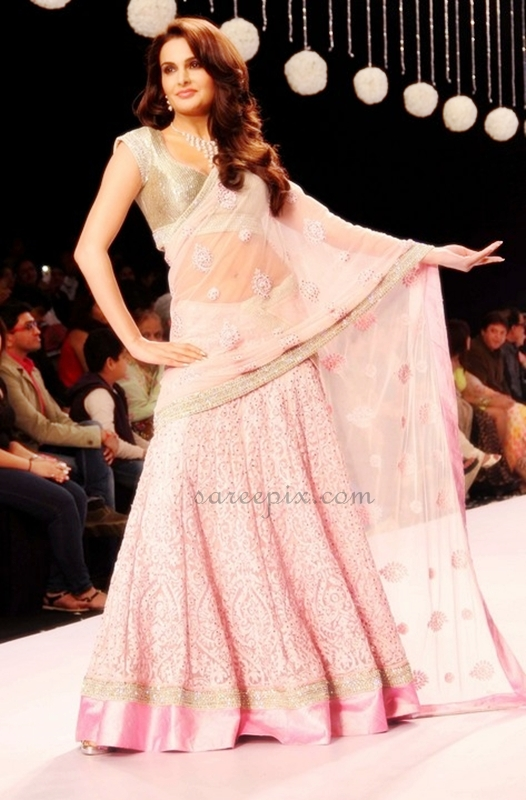 Lehenga Ramp Walk At Iijw 2013 Beautiful Saree And Lehenga Pictures
