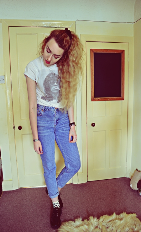 White band t-shirt, Boyfriends, Mom high waisted jeans, Topshop, Black patent brogue platforms, Truffle at ASOS, Necklace, Ebay, Rings, Primark, H-Samuel, Topshop midi, Vintage shop, Present, Heart Polka Dot socks, Primark, Green Watch, Asos, high waisted jeans, scrunchie, retro, 80s, blonde curly hair, rolled up sleeves, cool, hipster, Stephi, stephi lareine, lareine, fashion, fashion blog, fashion blogger, uk fashion blogger, beauty blogger, beauty blog, uk beauty blog, life style blog, lifestyle blogger, uk lifestyle blog, northwest uk, photographer, graphic designer, motel, motelrocks, missguided, ax paris, topshop, urban outfitters, new look, primark, lfw, Liverpool, portrait fashion, lookbook, tumblr, pinterest, twitter, facebook, bloglovin, pastel hair, vintage, diy, nail art, ootd