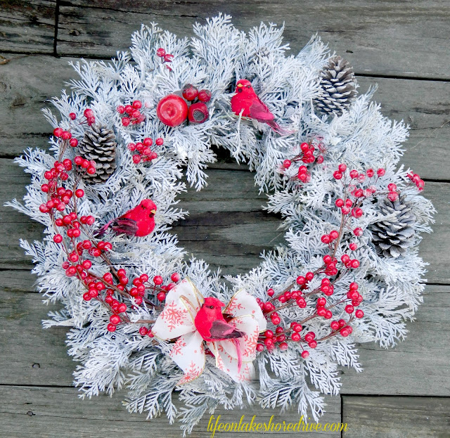 alt=&quot;winter wreath&quot;