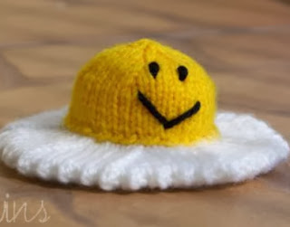 http://translate.googleusercontent.com/translate_c?depth=1&hl=es&rurl=translate.google.es&sl=auto&tl=es&u=http://twinsknit.blogspot.com.es/2009/06/happy-fried-egg-free-knitting-pattern.html&usg=ALkJrhi4mtzEztrgMAav18EkxeTcG4tCLQ
