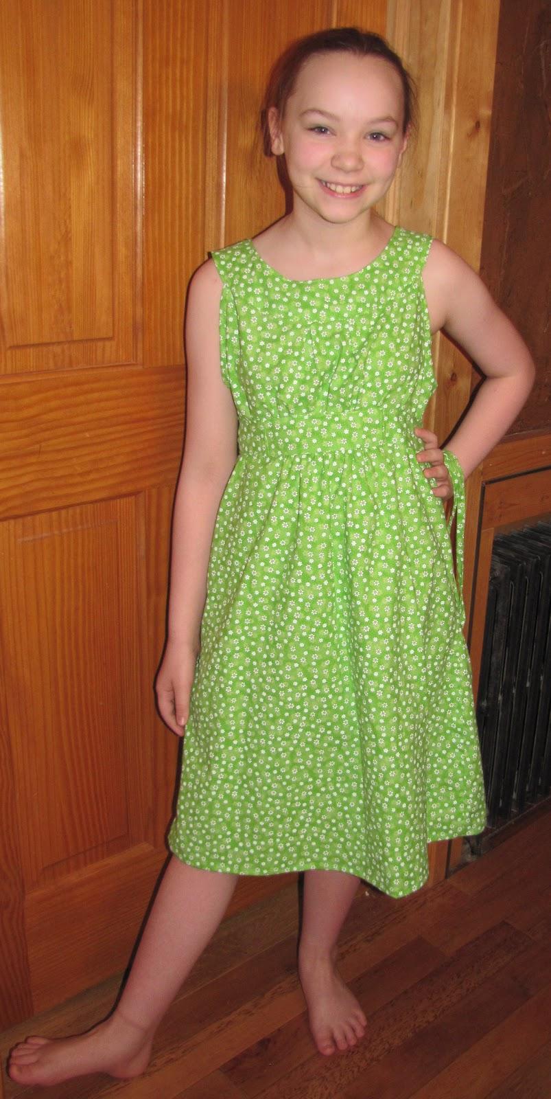 The Valparaiso News: Dress for my soon-to-be-10yo Niece
