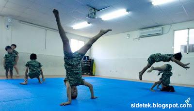 Siswa-siswa TK Di Taiwan Diberi Latiihan Fisik Ala Militer Di Sekolah