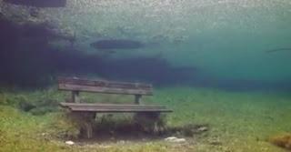 Lago superinteressante