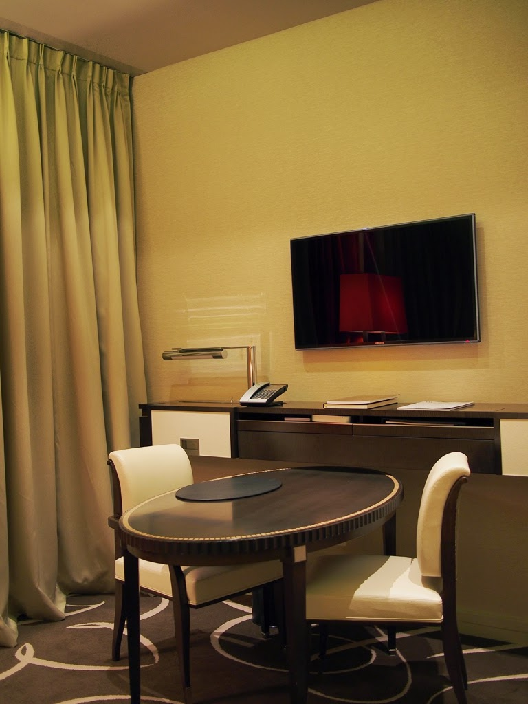 waldorf astoria berlin room